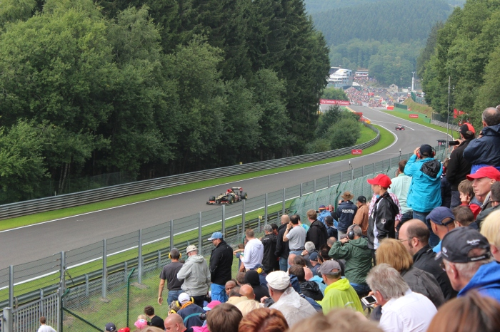 Romain Grojean and Jenson Button coming off Raidillon and onto the Kemmel Straight