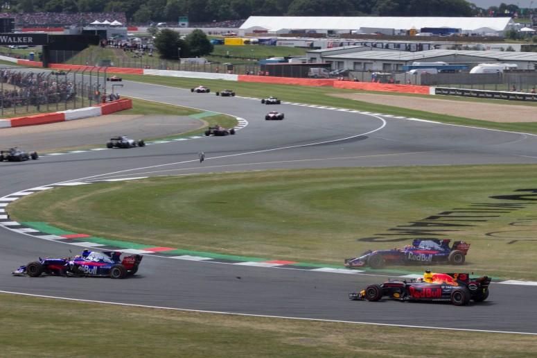 15th: Daniil Kvyat, Toro Rosso (moments after taking out his team mate Carlos Sainz Jr.)