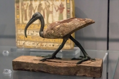 Egyptian figure of Thoth in the form of an ibis made of wood and copper alloy, Late Period, 746-336 BC